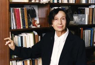 Η συγγραφέας Μαρία Λαμπαδαρίδου – Πόθου σε επικοινωνία με τα μέλη της Λέσχης Ανάγνωσης του Ιστορικού Μυθιστορήματος της Δημοτικής Βιβλιοθήκης Καβάλας «Βασίλης Βασιλικός»